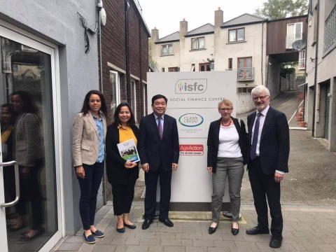 Clann Credo hosts Vietnamese Visitors